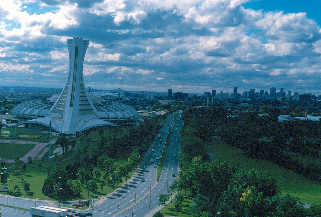 Montr al ville olympique le monde en images - Piscine du stade olympique ...