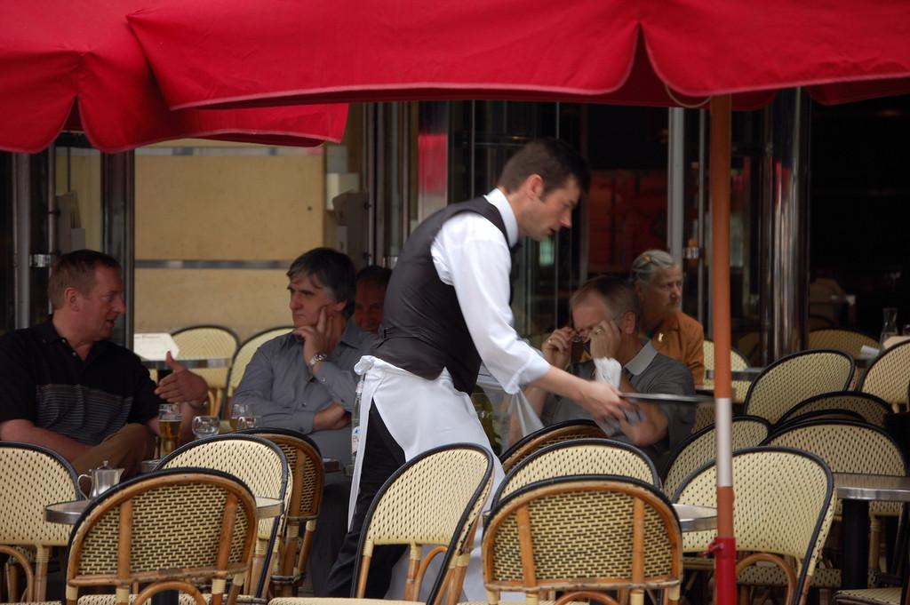 Terrasse du caf fran ais le monde en images for Restaurant bastille terrasse