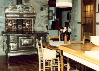 vieux po le le monde en images des collections pour l 39 ducation. Black Bedroom Furniture Sets. Home Design Ideas